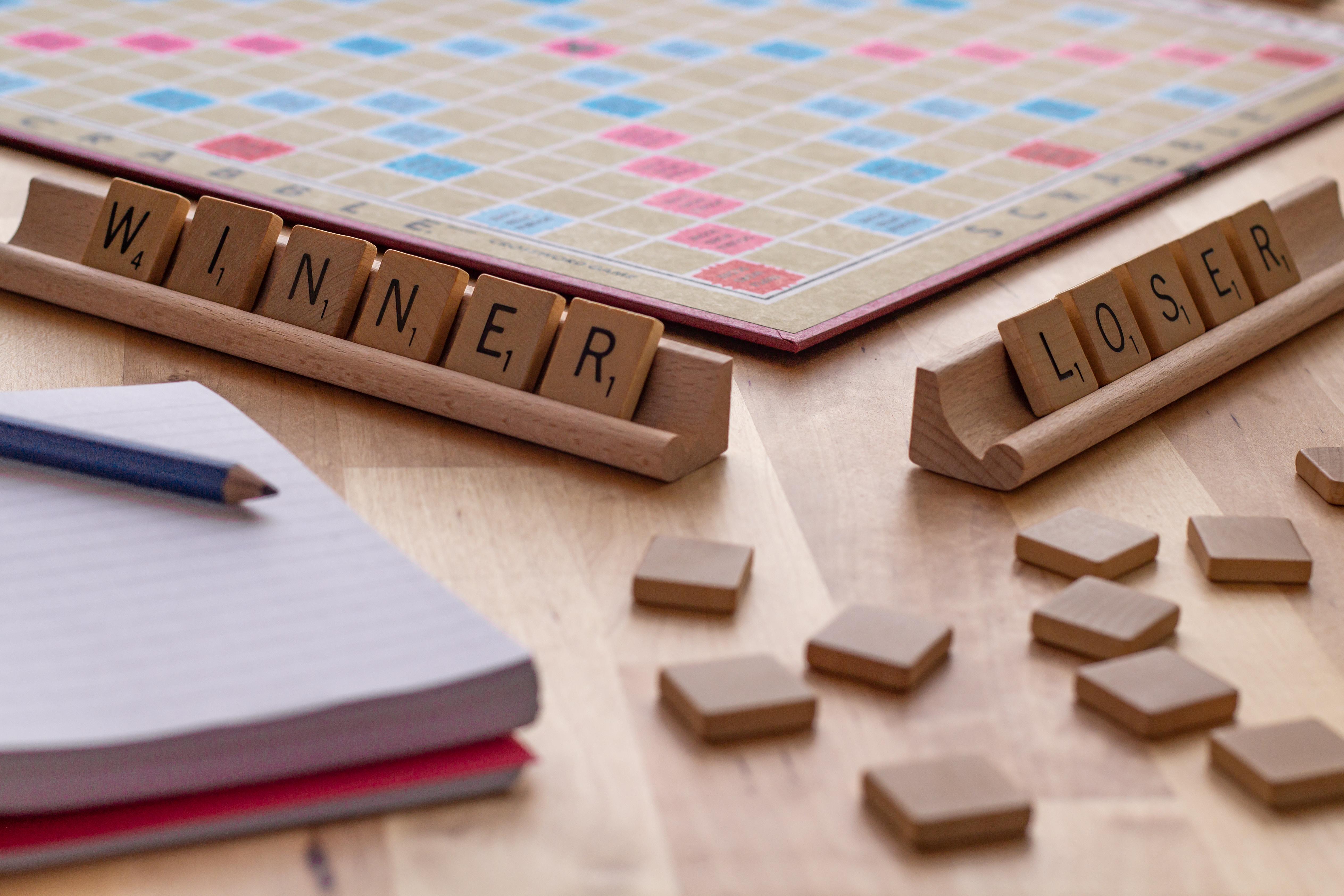 shutterstock_winner loser.jpg